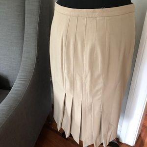Victoria Secret back pleated pencil skirt
